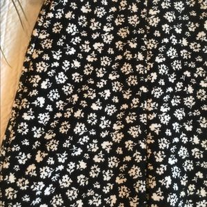 abercrombie kids Bottoms - Abercrombie Floral Skirt